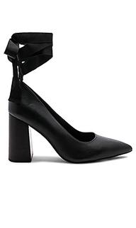 Туфли с черным каблуком blitzen - Sol Sana