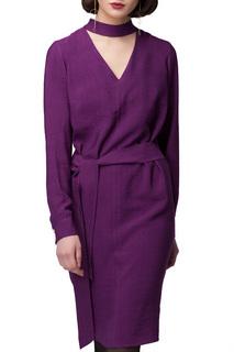Полуприлегающее платье с V-образным вырезом VILATTE