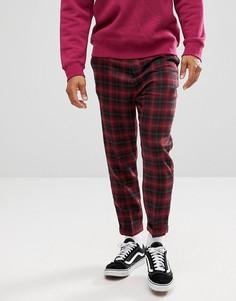 Бордовые зауженные брюки заниженного кроя в клетку с добавлением шерсти ASOS - Красный