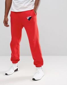 Красные джоггеры adidas Originals St Petersburg Anichkov BS2221 - Красный