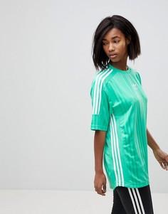 Зеленая трикотажная футболка с тремя фирменными полосками adidas Originals - Зеленый