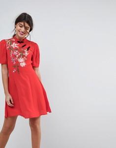 Платье мини с вышивкой в китайском стиле ASOS - Мульти