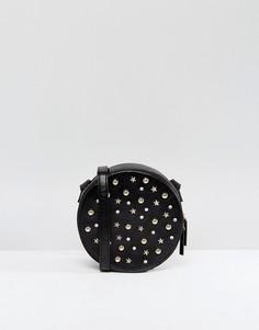 Сумка через плечо с отделкой заклепками Monki - Черный