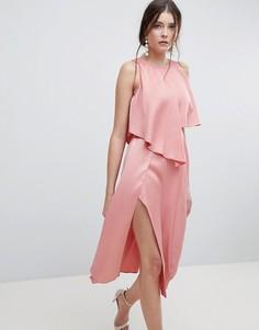 Асимметричное платье миди с кроп-топом и высоким разрезом ASOS - Розовый
