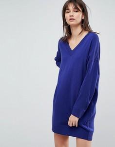 Трикотажное платье мини с V-образным вырезом ASOS - Синий