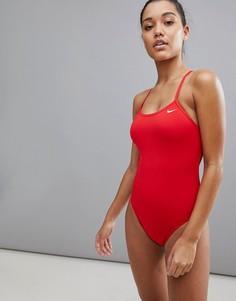 Слитный купальник с вырезом Nike - Красный