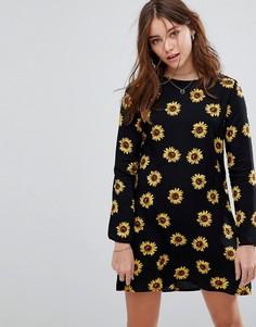 Свободное платье с длинными рукавами и принтом подсолнухов Glamorous - Черный