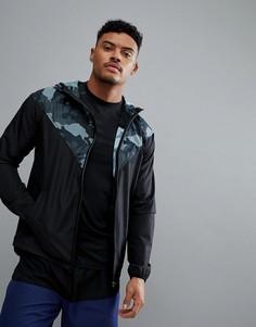 Черная куртка с камуфляжным принтом на капюшоне и кокетке New Look SPORT - Черный
