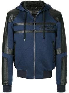 куртка с капюшоном и панельным дизайном Versace