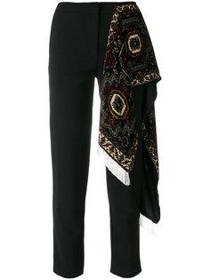 зауженные брюки с декоративным шарфом Act N°1