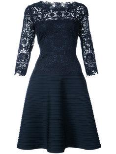 расклешенное кружевное платье Tadashi Shoji