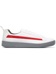 кроссовки с тисненым логотипом Prada