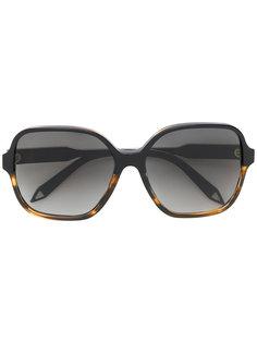 солнцезащитные очки  с массивной оправой Victoria Beckham