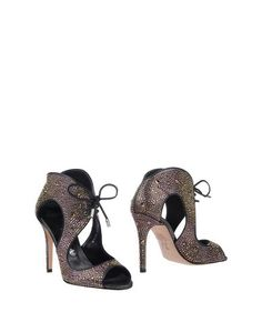 Полусапоги и высокие ботинки Gina
