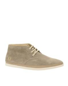 Замшевые ботинки чукка Fred Perry Chandler - Светло-бежевый