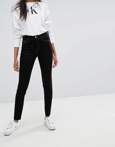 Джинсы скинни с завышенной талией и необработанными краями Calvin Klein Jeans - Черный