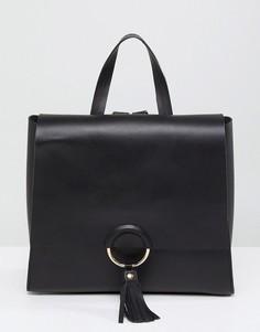 Кожаный рюкзак с декоративным кольцом и кисточкой ASOS - Черный