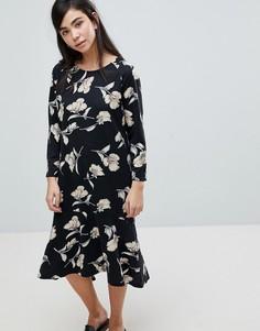 Платье-футболка с цветочным принтом Soaked In Luxury - Мульти
