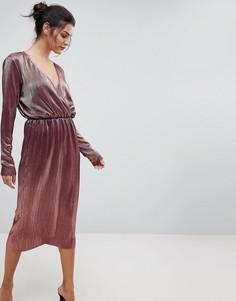 Платье миди цвета металлик с запахом Y.A.S - Розовый