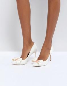 Туфли на каблуке с бантом Ted Baker Skalett - Белый