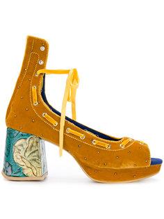 босоножки со шнуровкой и массивным каблуком Mikio Sakabe