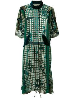 бархатное платье с узором сетки Sacai