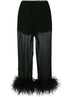 укороченные брюки с отделкой перьями  Prada