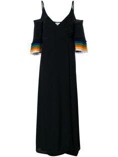 платье с открытыми плечами и бахромой  Au Jour Le Jour