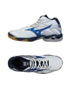 Высокие кеды и кроссовки Mizuno