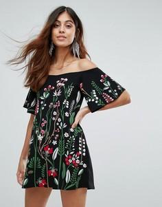 Платье с открытыми плечами и вышивкой Daisy Street - Черный