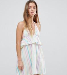 Пляжное платье в полоску с завязкой на шее и оборкой ASOS PETITE - Мульти