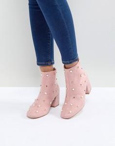 Ботильоны на каблуке с искусственным жемчугом Glamorous - Розовый