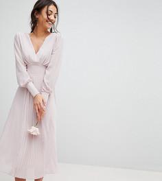 Платье миди с длинными рукавами и плиссированной юбкой TFNC Tall WEDDING - Коричневый
