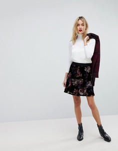 Короткая расклешенная юбка с ярким цветочным принтом Vero Moda - Мульти