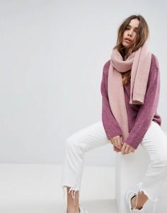 Широкий шарф крупной вязки с добавлением шерсти Weekday - Розовый