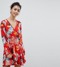 Платье с цветочным принтом и завязкой Boohoo Petite - Мульти