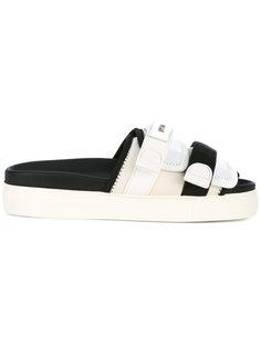 сандалии с ремешками Nº21