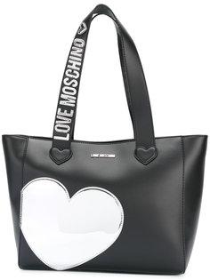 сумка-тоут с нашивкой-сердцем Love Moschino