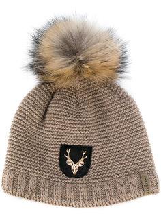 шапка с помпоном из енотового меха Norton