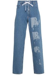 джинсы со скелетами Liam Hodges