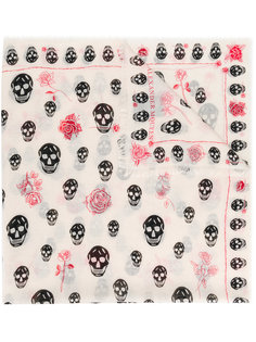 шарф с розами и черепами Alexander McQueen
