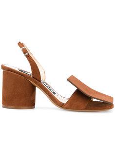 босоножки на массивном каблуке Jacquemus