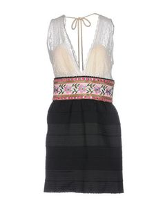 Короткое платье Amuse
