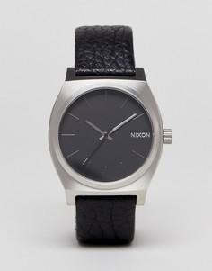 Часы с черным кожаным ремешком Nixon Sentry - Черный