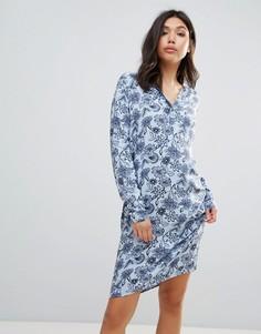Платье-рубашка с принтом Ichi - Синий