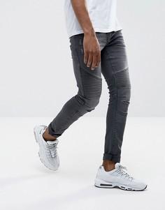 Серые супероблегающие байкерские джинсы с потертостями и покрытием DML - Серый