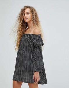 Платье-туника в горошек с открытыми плечами и рукавами-колоколами Love - Мульти