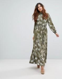Платье макси с принтом перьев Vero Moda - Зеленый
