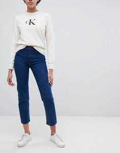 Джинсы прямого кроя с завышенной талией и необработанным краем Calvin Klein Jeans - Синий