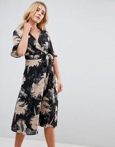 Платье с запахом и цветочным принтом Uttam Boutique - Мульти